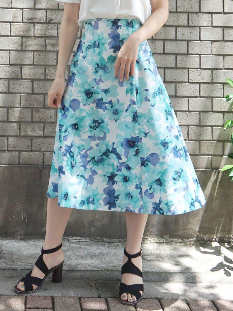 水彩フラワーフレアスカート