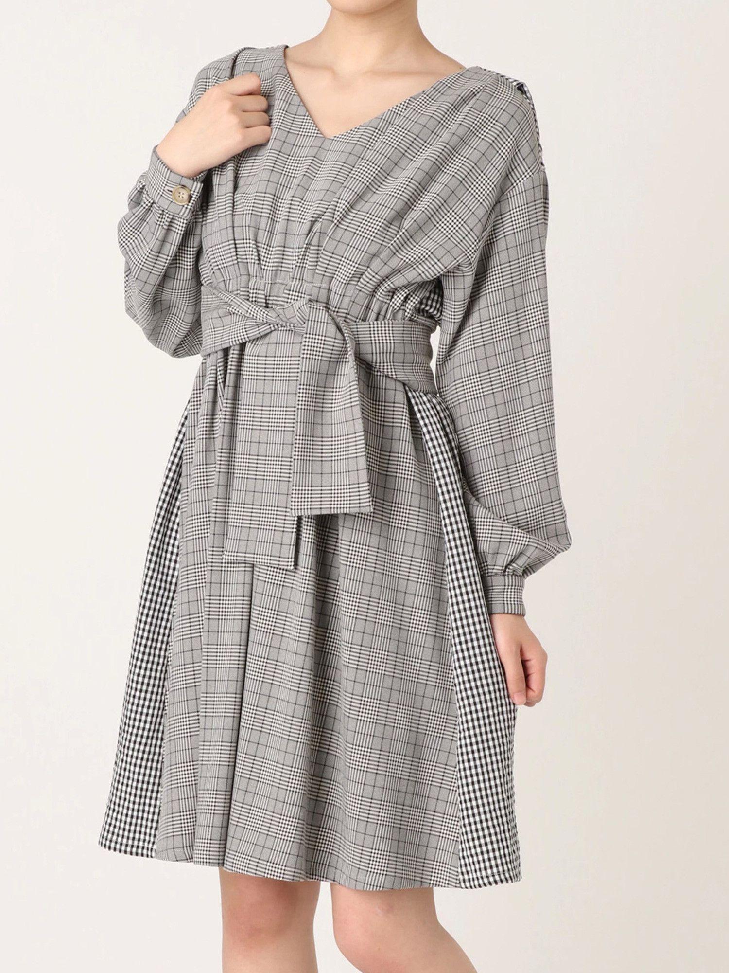 Plaid back pleat tuck dress