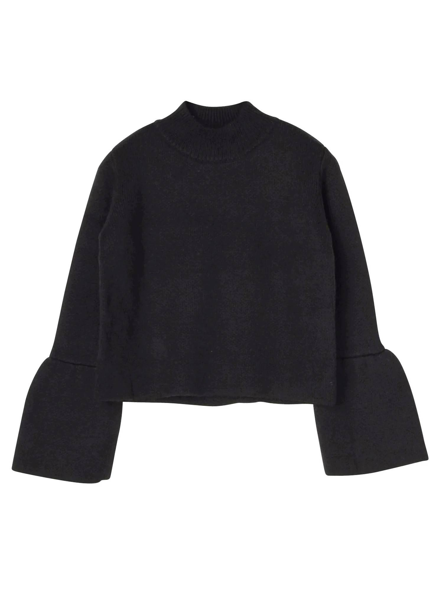 Stand trumpet sleeve knit