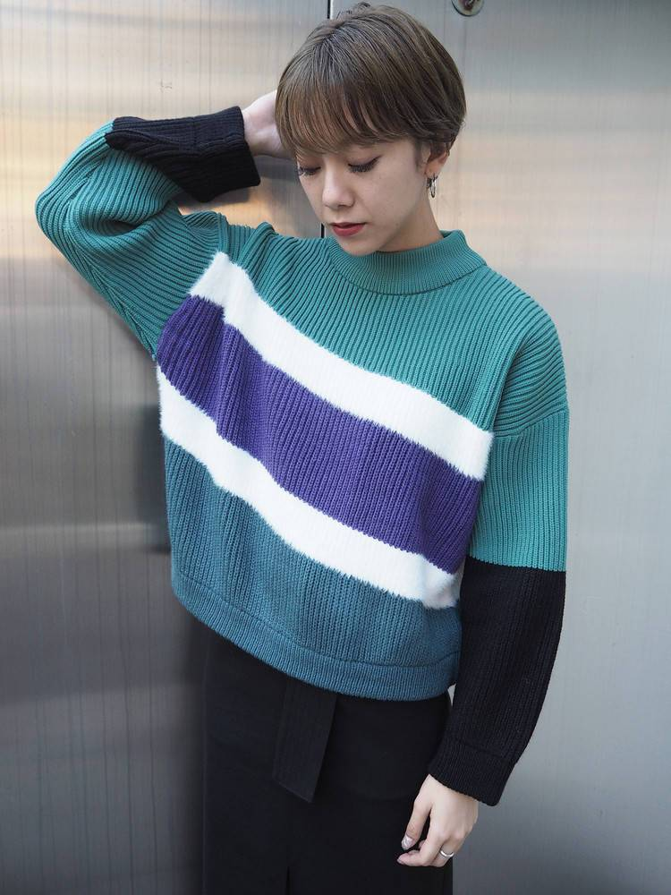 Mix by color knit
