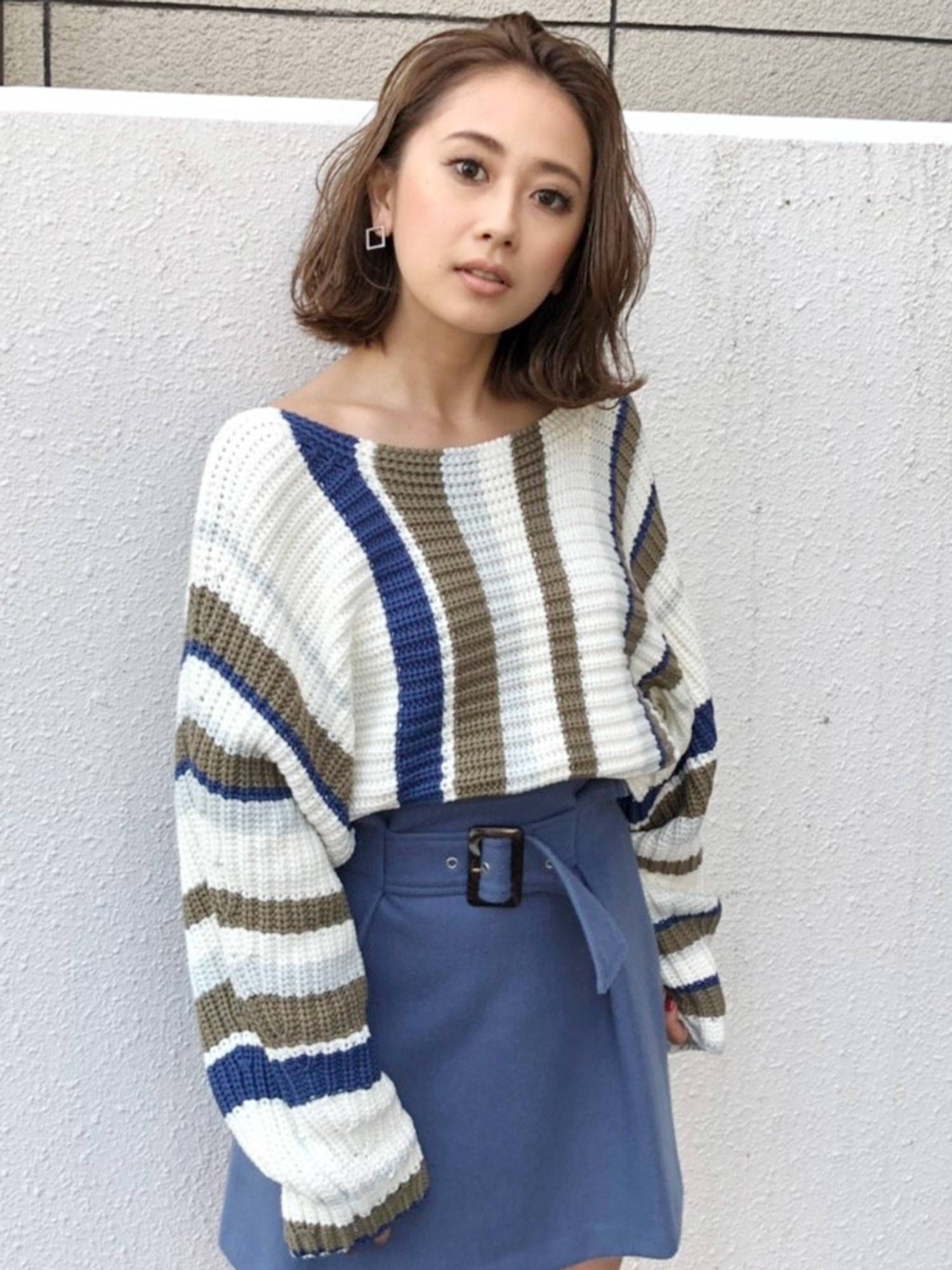 Back ribbon raglan knit