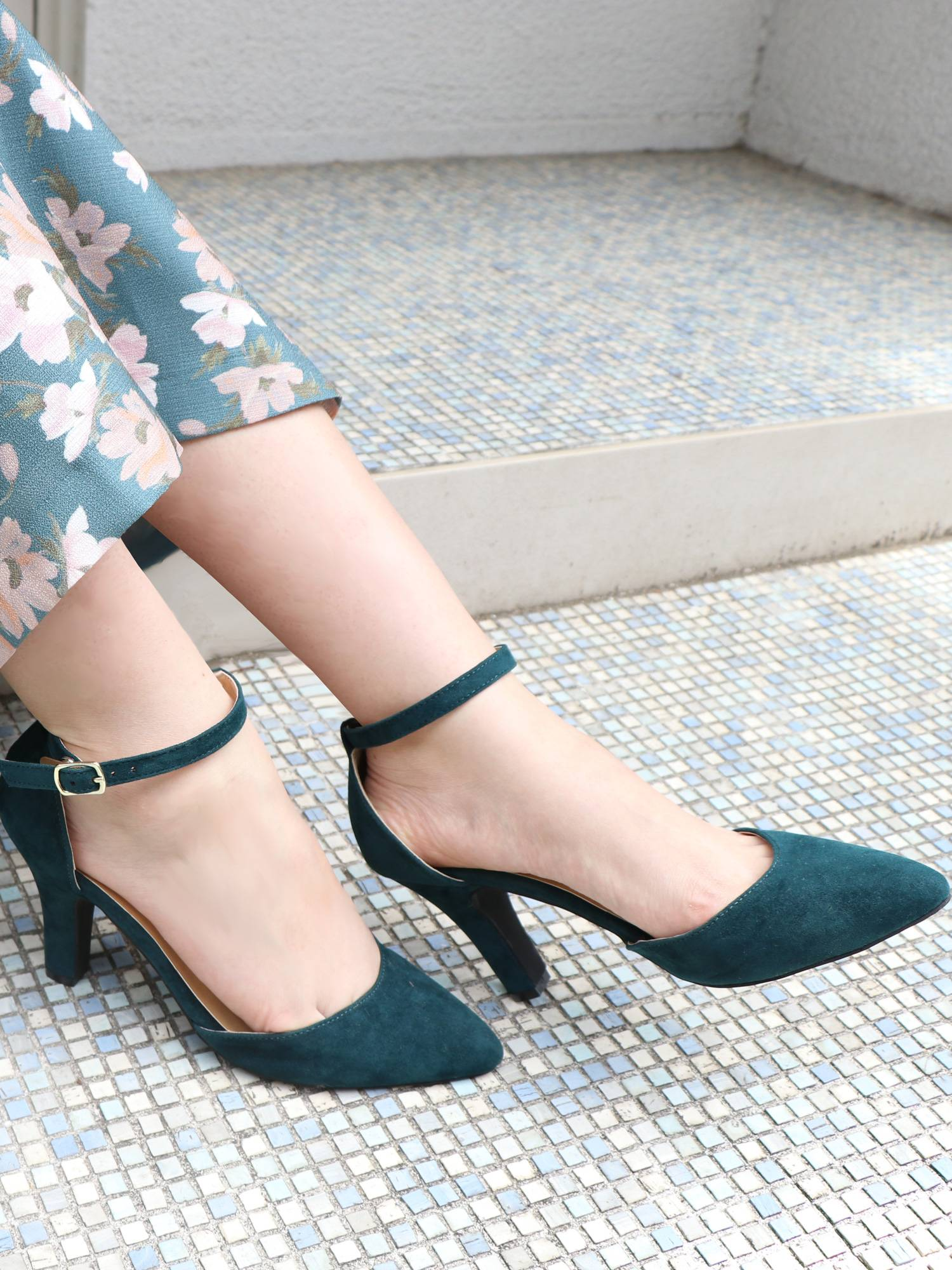 [Goods] LADY LIKE color pumps