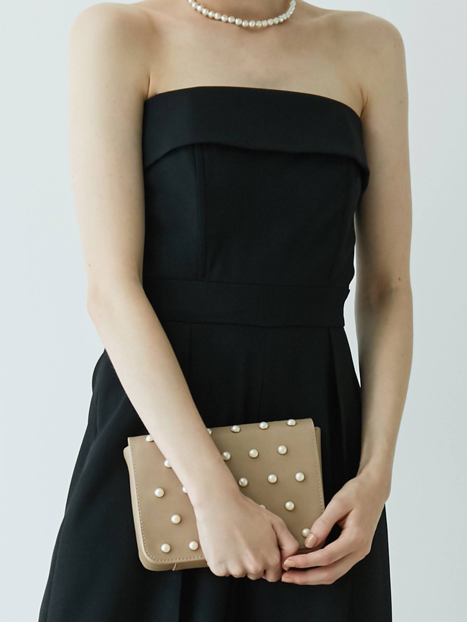 LADY fake pearl pochette