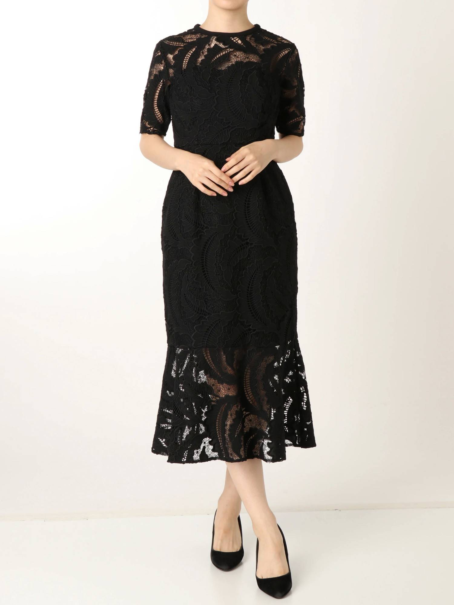 LADY叶刺绣蕾丝连衣裙