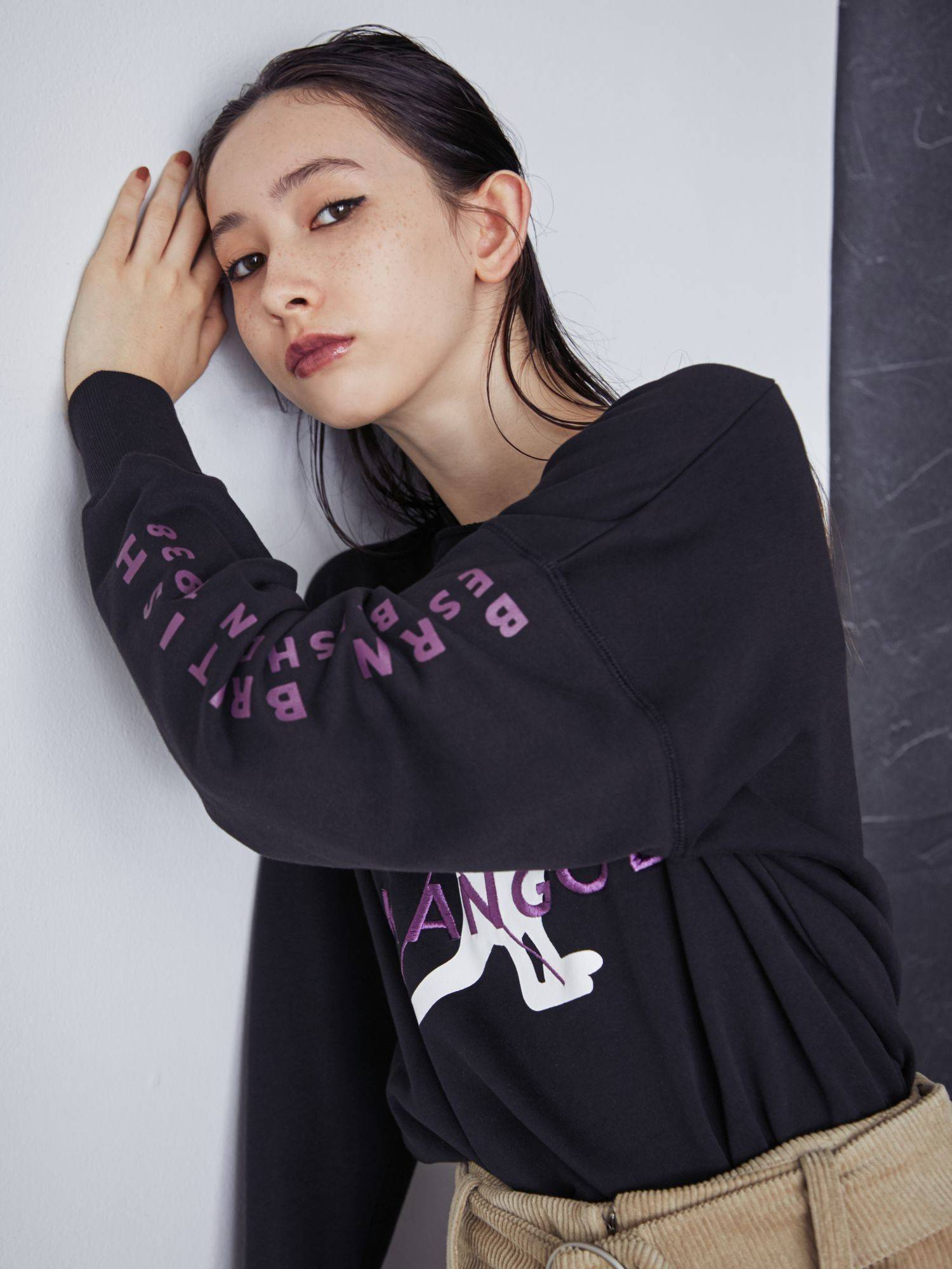 [EMODA × KANGOL] crash pullover