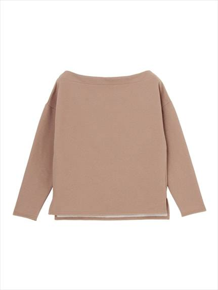 Fine-brushed fleece boat neck tops