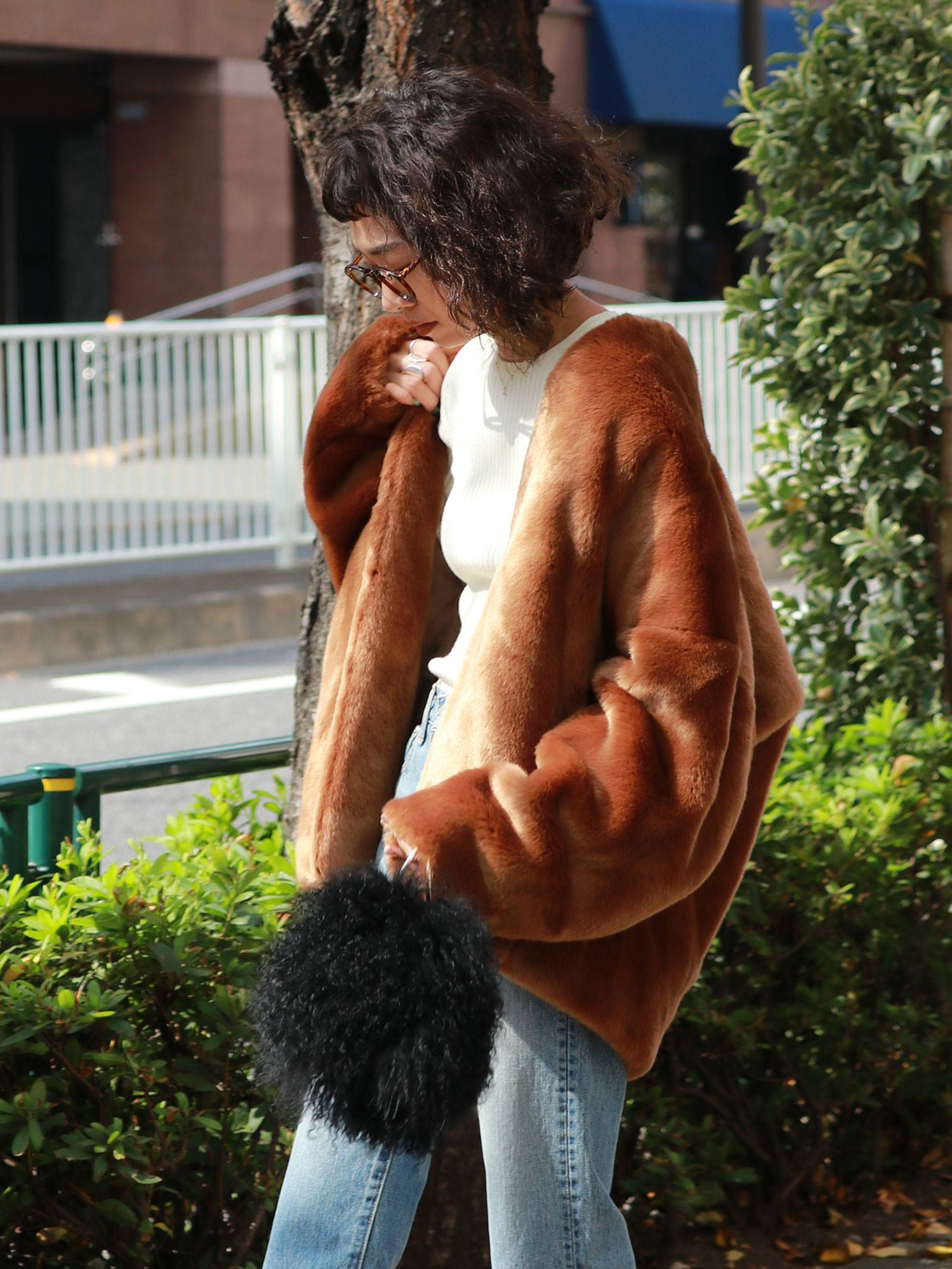 Fake fur coat volume
