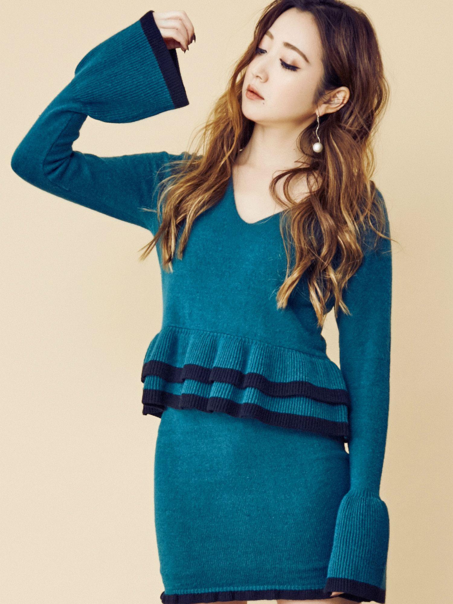 颜色方案Pepuramu针织套头衫