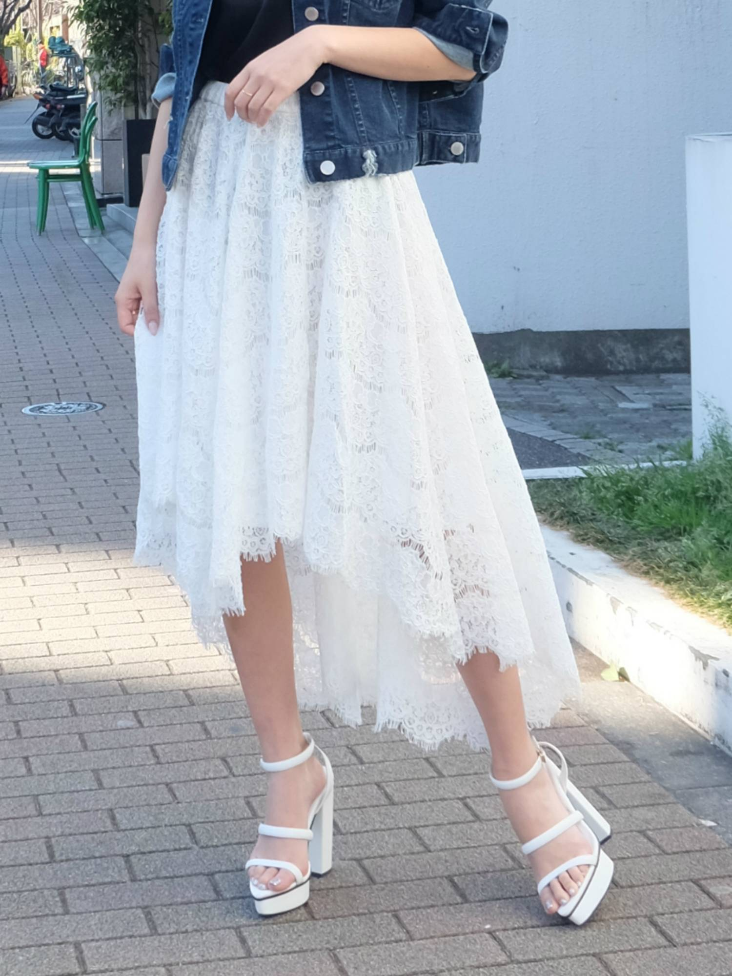 Lace volume skirt