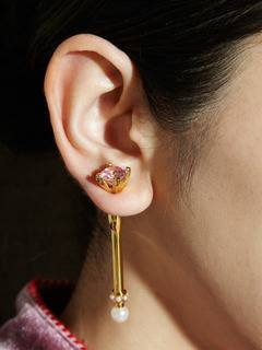 PAMEO POSE(パメオポーズ) |MAGICAL STICK EARRINGS GOLD 画像08