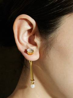 PAMEO POSE(パメオポーズ) |MAGICAL STICK EARRINGS GOLD 画像09