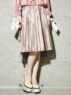 PAMEO POSE(パメオポーズ) |PLEATED GLOSSY SATIN SKIRT 画像05