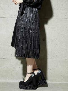 PAMEO POSE(パメオポーズ) |PLEATED GLOSSY SATIN SKIRT 画像09
