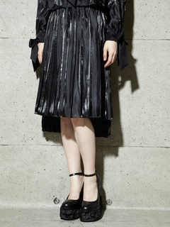 PAMEO POSE(パメオポーズ) |PLEATED GLOSSY SATIN SKIRT 画像11