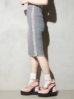 PAMEO POSE(パメオポーズ) |KITTEN GLITTER STRIPE KNIT SKIRT 画像12