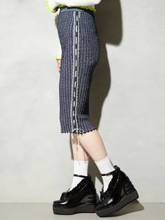 PAMEO POSE(パメオポーズ) |KITTEN GLITTER STRIPE KNIT SKIRT 画像24