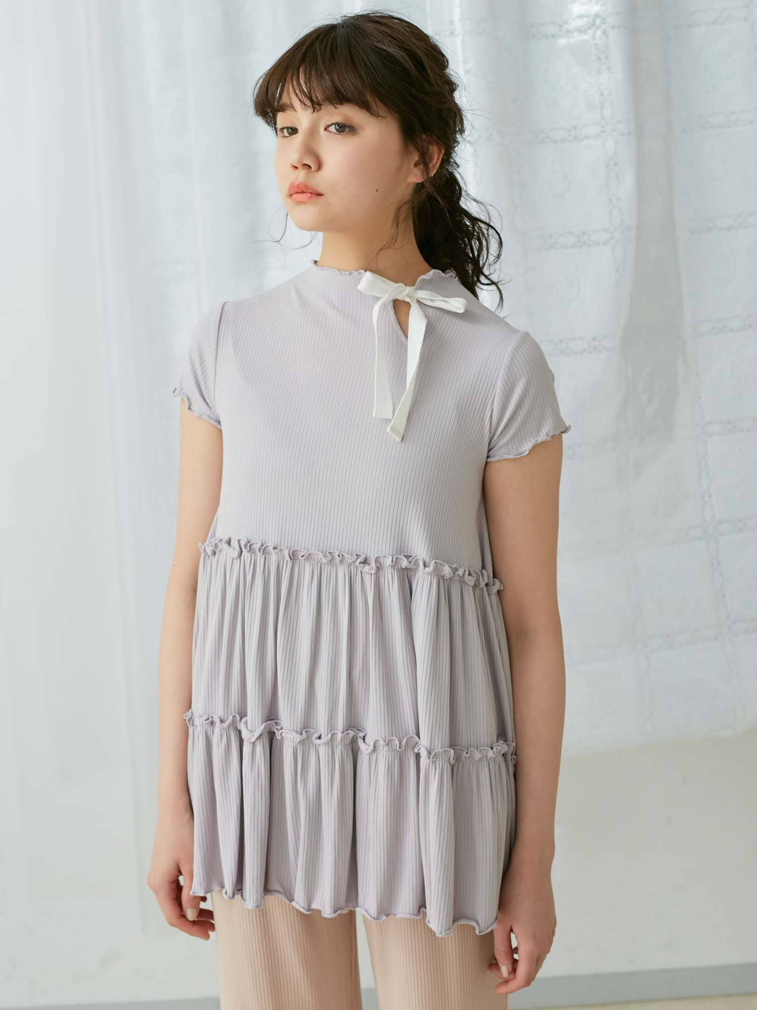 Neck ribbon Tiered Tee