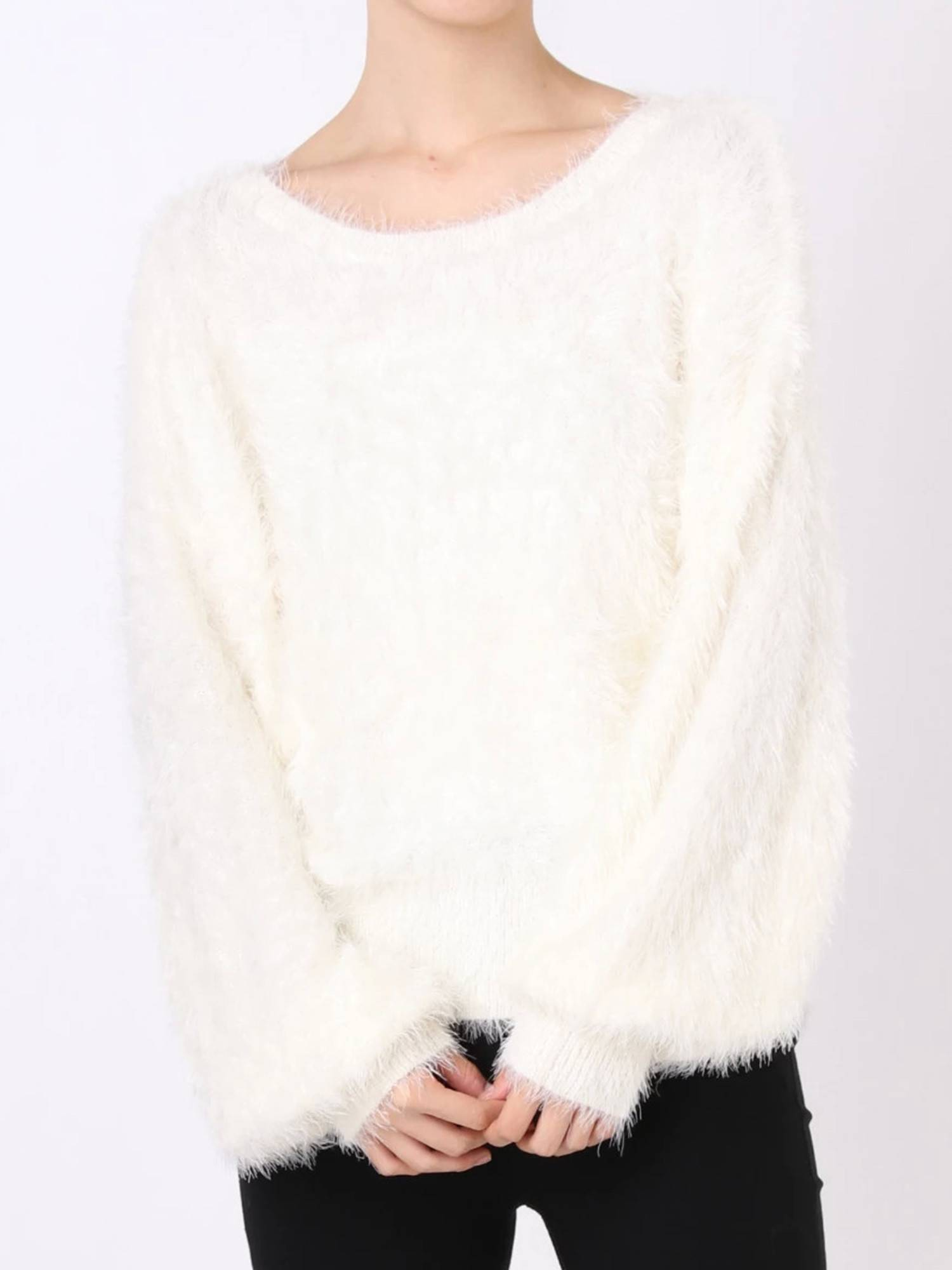Volume shaggy knit pullover