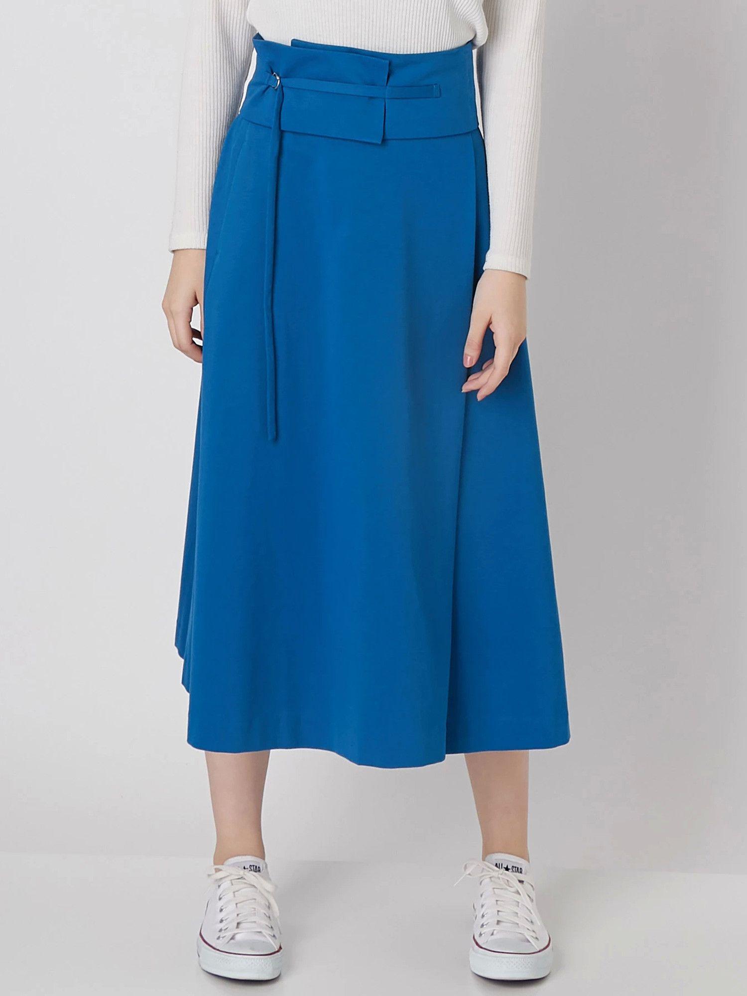 [妇女]耀斑裙